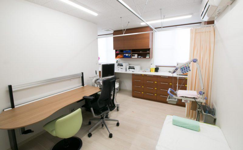 富田医院 診察室